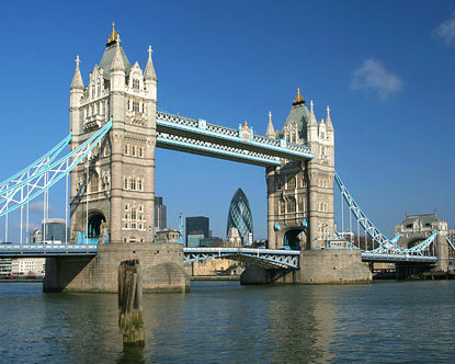 london tower bridge alt