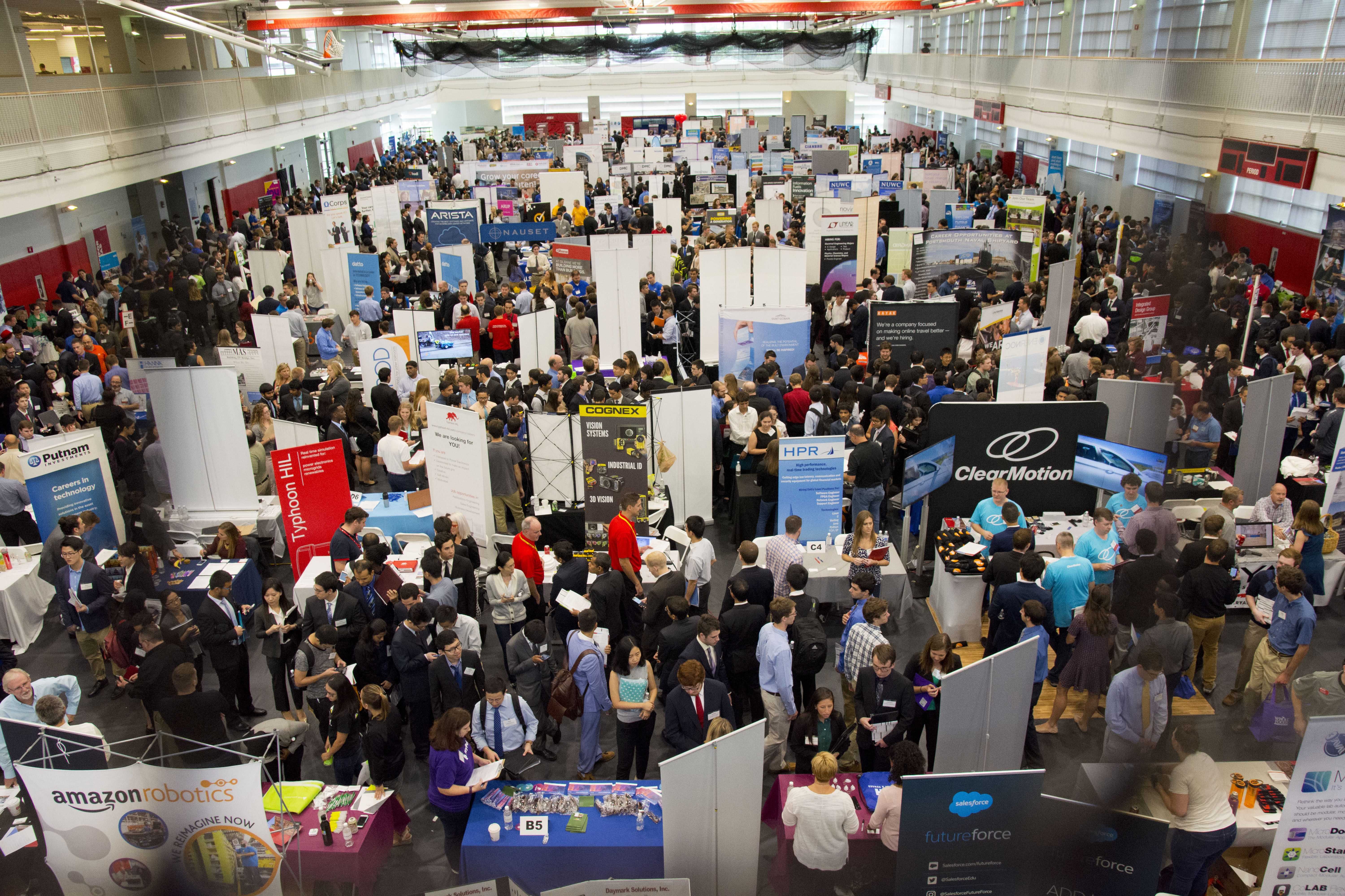 how to find job fairs