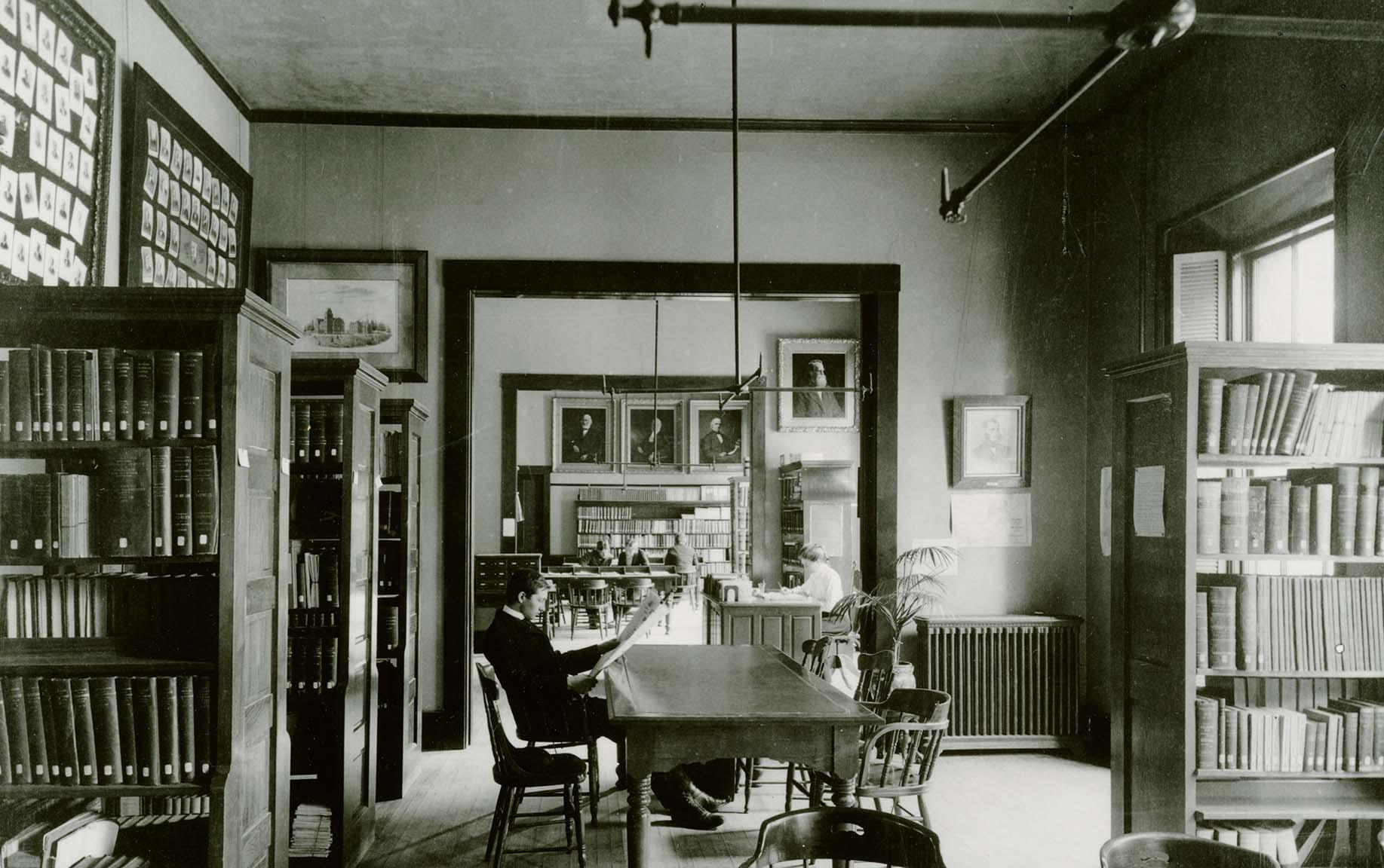 Library in Boynton Hall