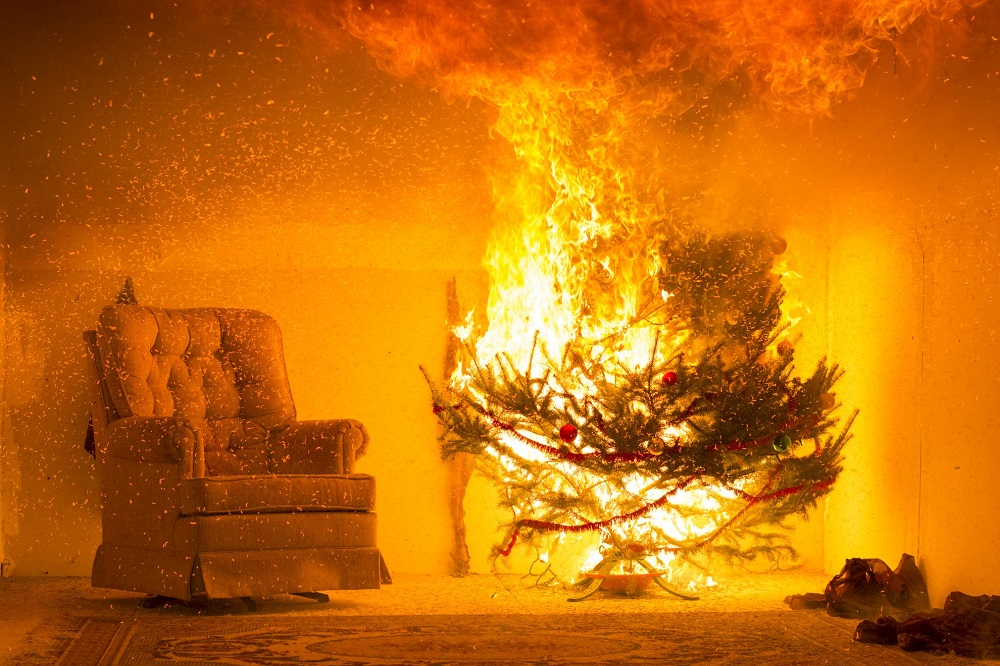 Christmas Tree On Fire.Seasonal Safety Wpi Fire Protection Engineering Researchers