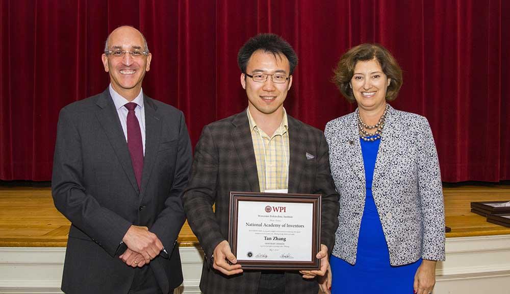(L-R) Drew Hirshfeld, Tan Zhang, and Laurie Leshin