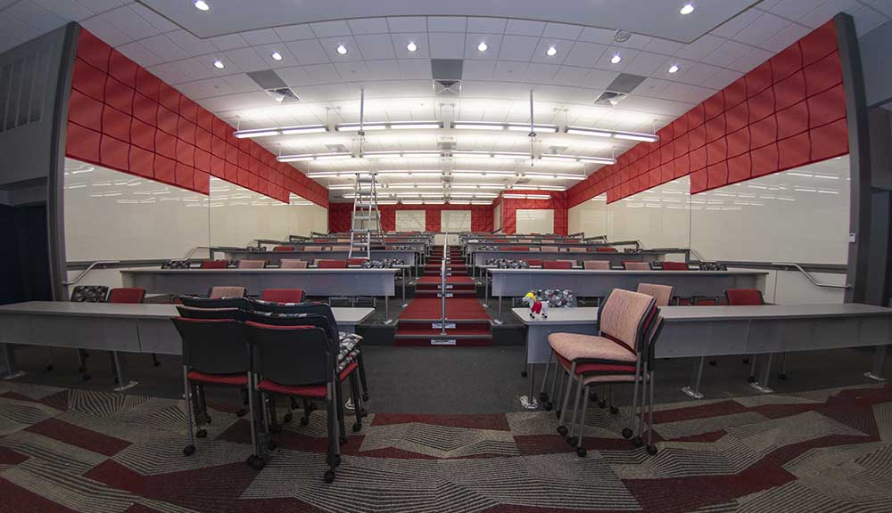 A photo of the newly renovated classroom in Kinnicutt Hall.