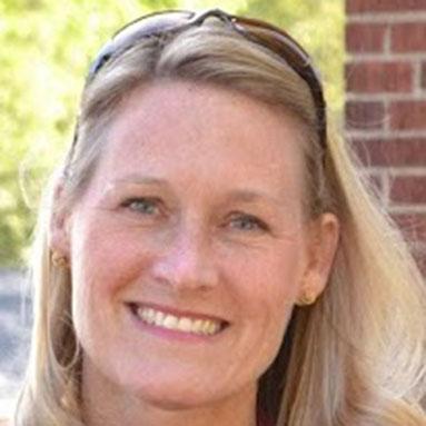 Jennifer McCarthy headshot