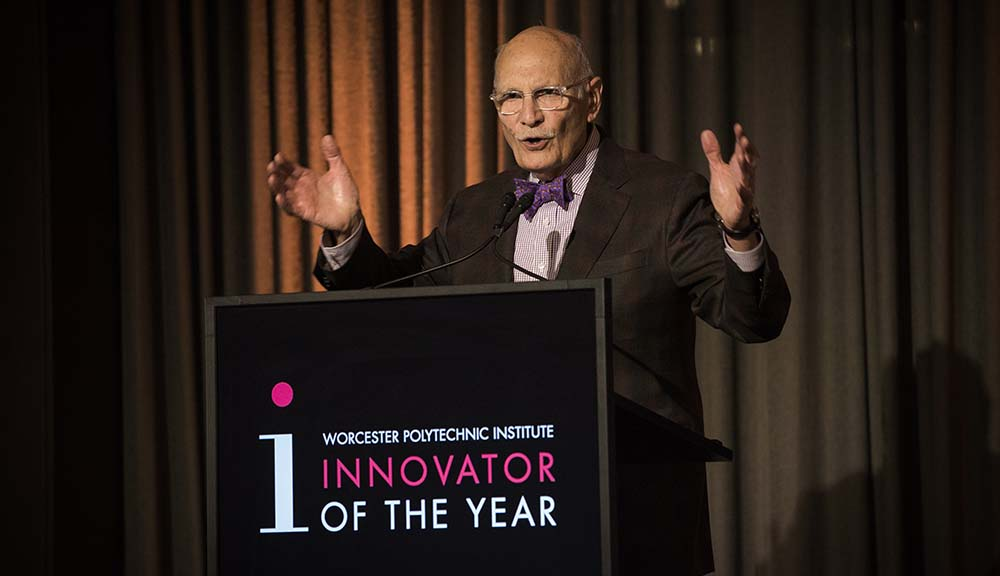 Diran Apelian accepts his award and gives a speech as Innovator of the Year.