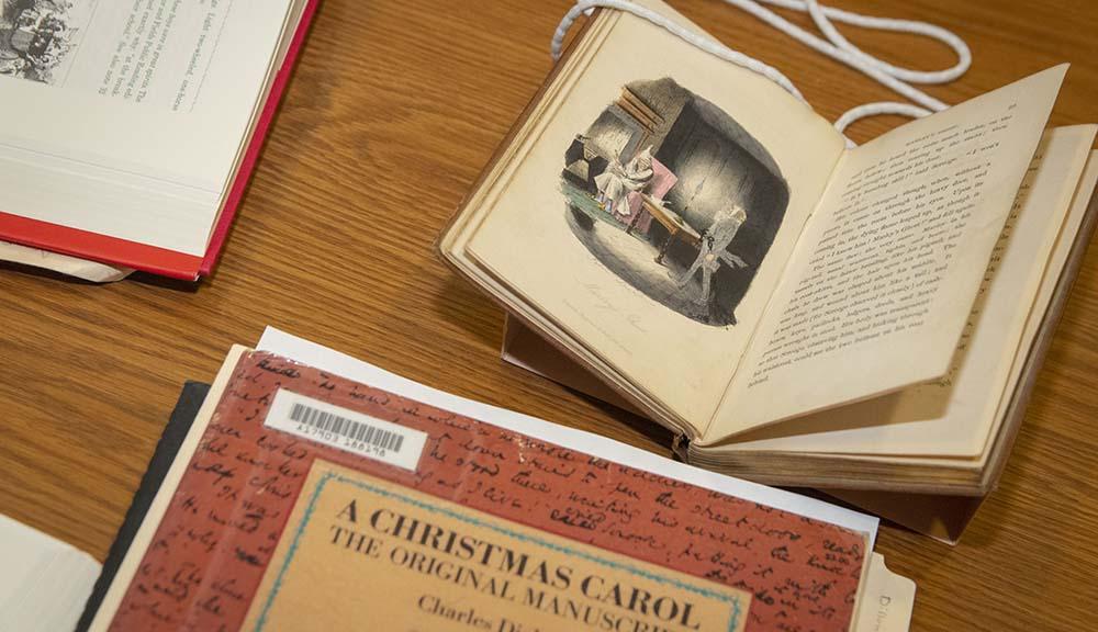 Dickens Christmas Carol book