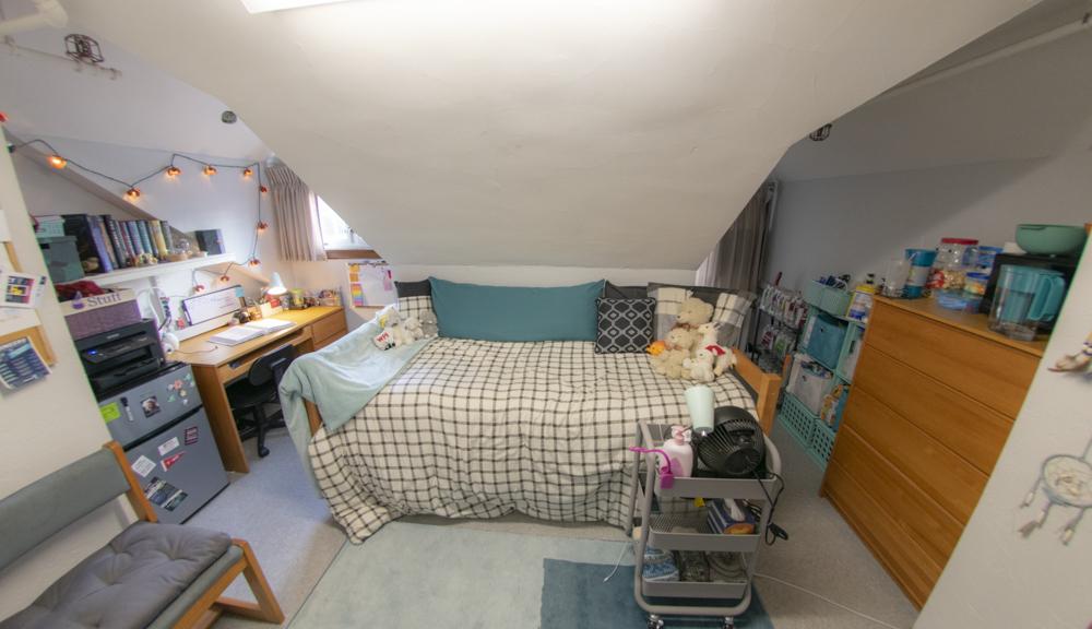 Bed setup view.