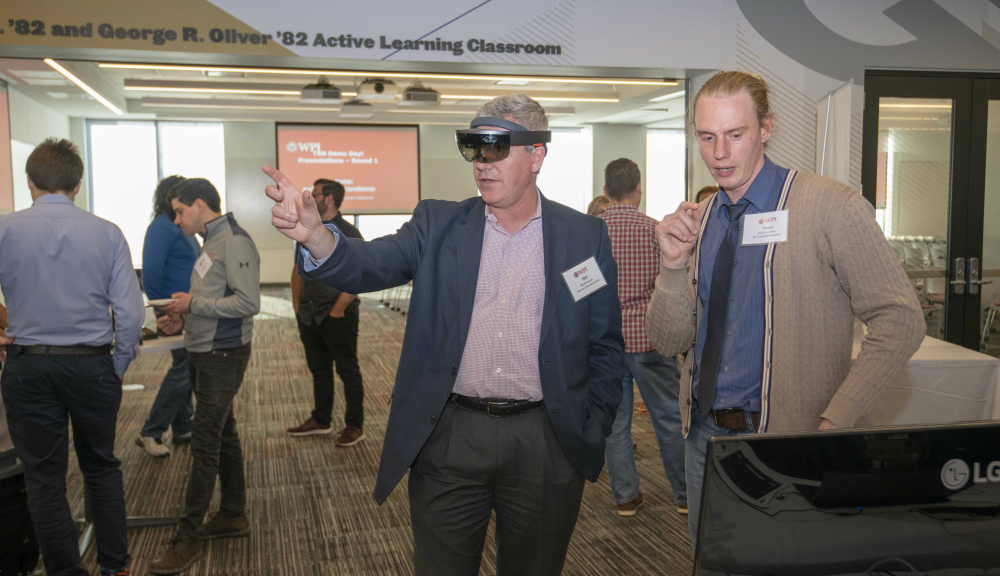 Computer science postdoctoral fellow Pavel Terentiev, who co-founded In Virtu Data Solutions with computer science professor Dmitry Korkin, discusses the start-up's use of machine learning and mixed reality technology.
