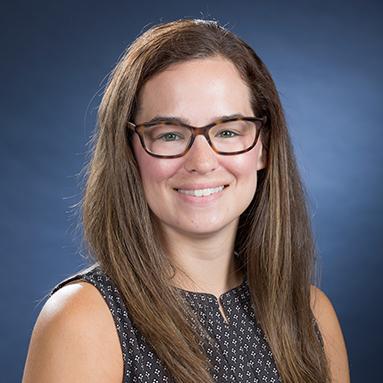 Elizabeth Jacoby Professional Headshot