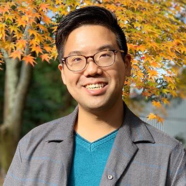 Ryosuke Tsumura headshot