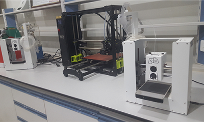 3D printers could create up to 1000 face shields per country. alt