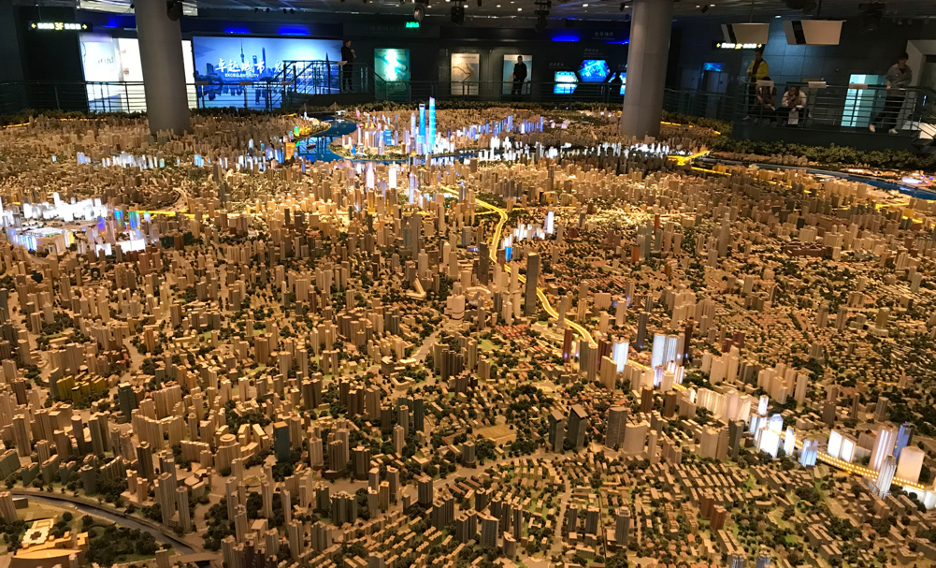A model in the Shanghai Urban Planning Exhibition Center (photo C. Eggleston, 2019) alt