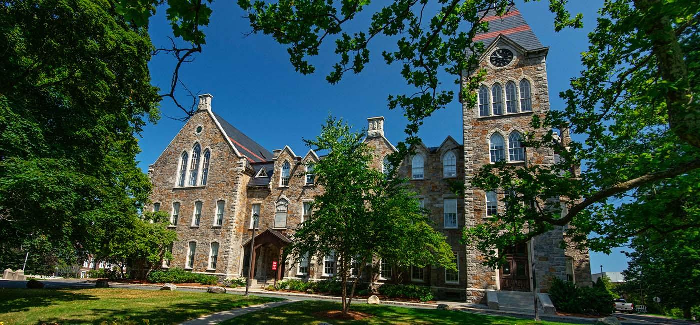 WPI campus Boynton Hall exterior