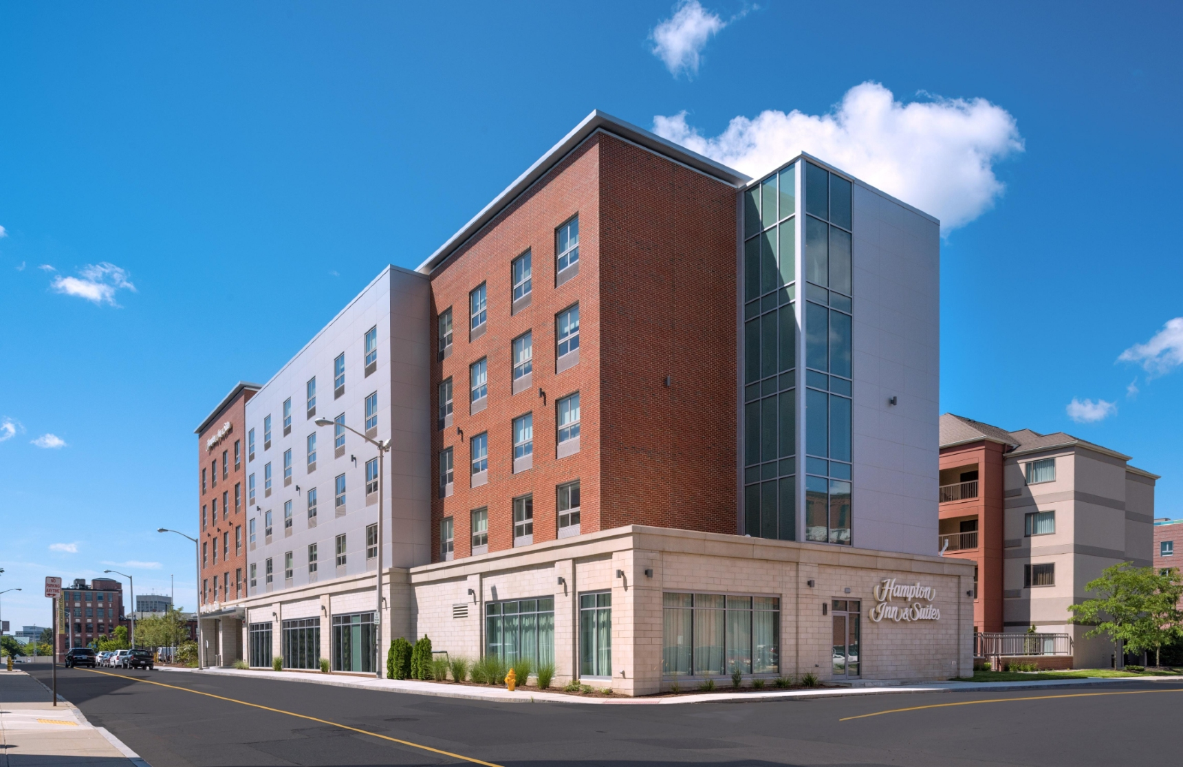 Exterior image of the Hampton Inn