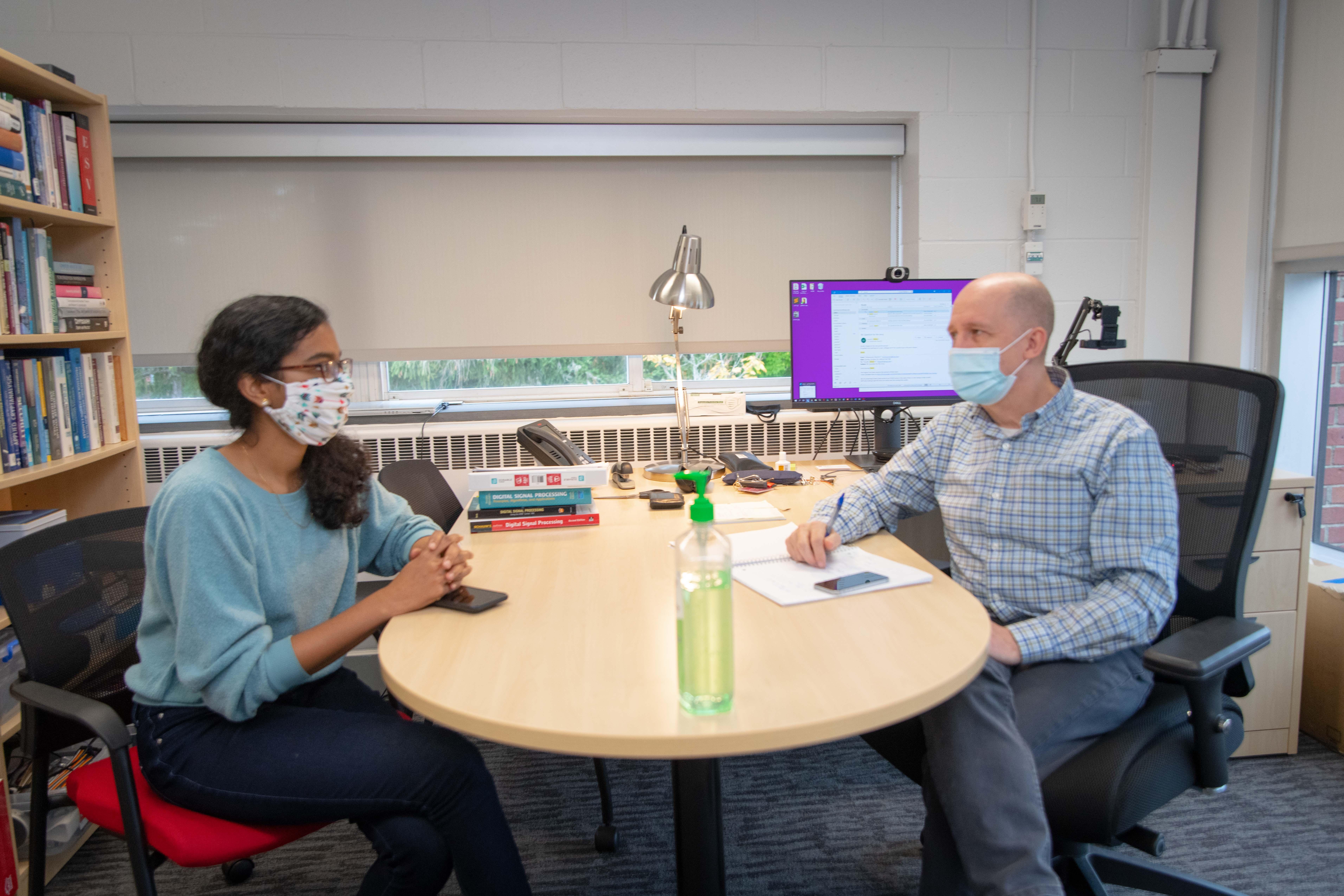 WPI professor Patrick Schaumont meets with WPI PhD student Archanaa Santhana Krishnan  alt