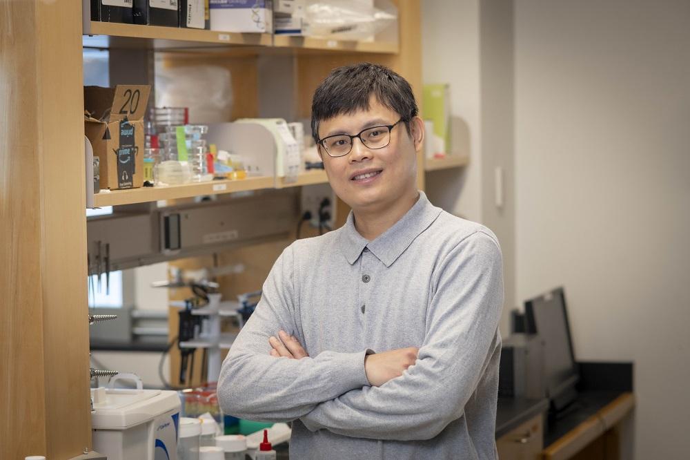 Kun-Ta Wu stands in his lab.
