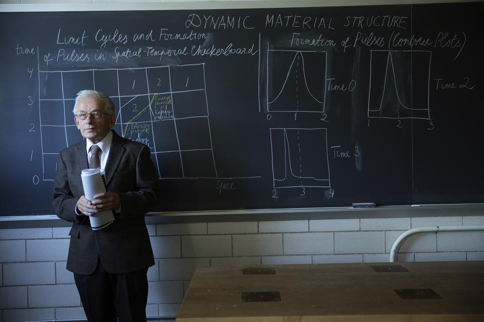 Konstantin Lurie Chalkboard