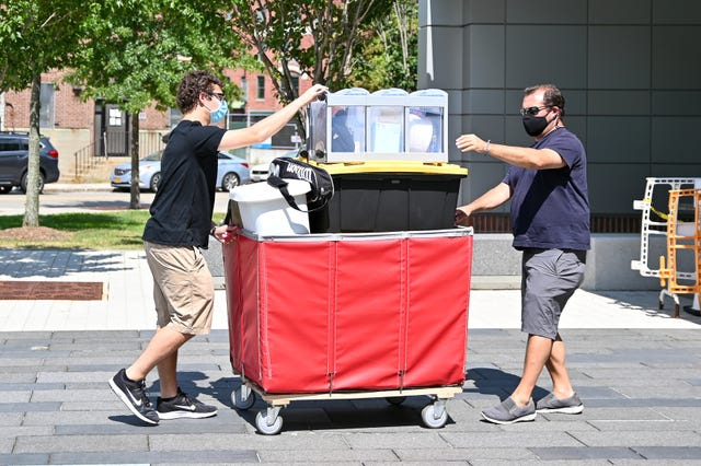 Move In Red Cart