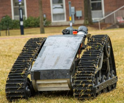 The robot is designed to move quickly and autonomously to investigate possible intrusions on unmanned military bases