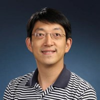 photo of Professor Zou