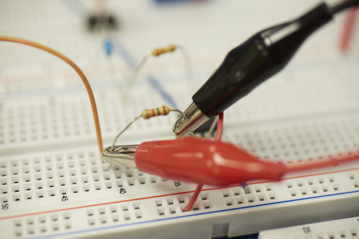 probes and capacitor