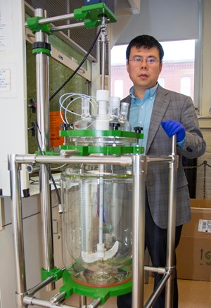 As part of the project funded by USABC, Wang and his team will use this reactor to make new cathode materials from materials recovered from used batteries.