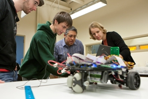 WPI Receives Accreditation for First-in-the-Nation Robotics ...