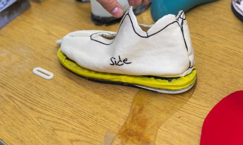 A WPI student team has created a prototype of a new shoe sole designed to protect athletes from ACL tears. alt