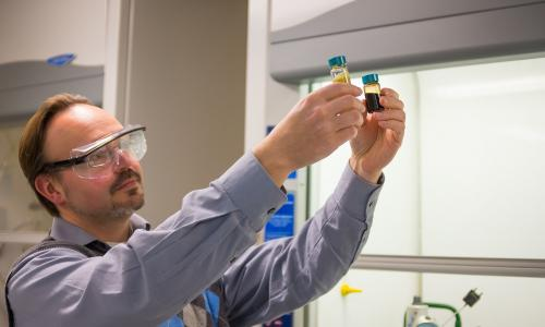 Professor Timko is combining his research on food waste with municipal green waste to create a a liquid biofuel. alt
