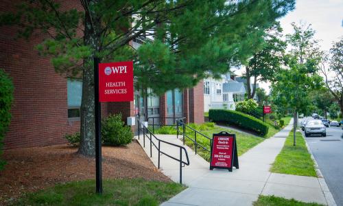 WPI's new respiratory clinic alt