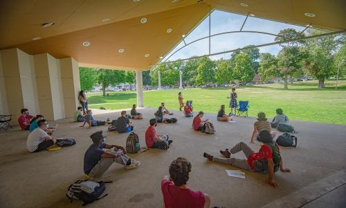Heal the World class at Institute Park alt