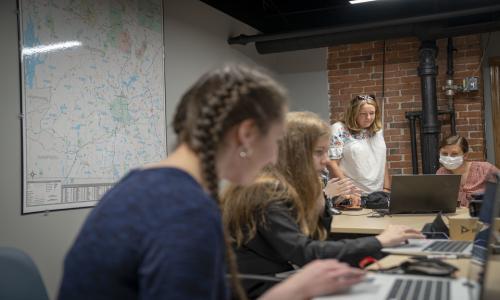 WPI students develop blueprint for a new food pantry alt