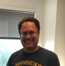 Daniel Reichman Headshot
